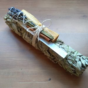 Floral Smudge Bundle (Cleansing, Clearing, Health & Harmony)